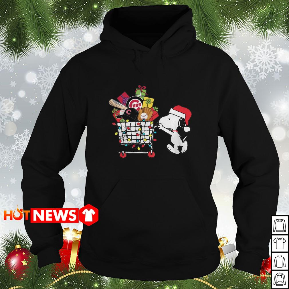 Chicago Cubs Snoopy Pushing cart full of Christmas gifts Hoodie
