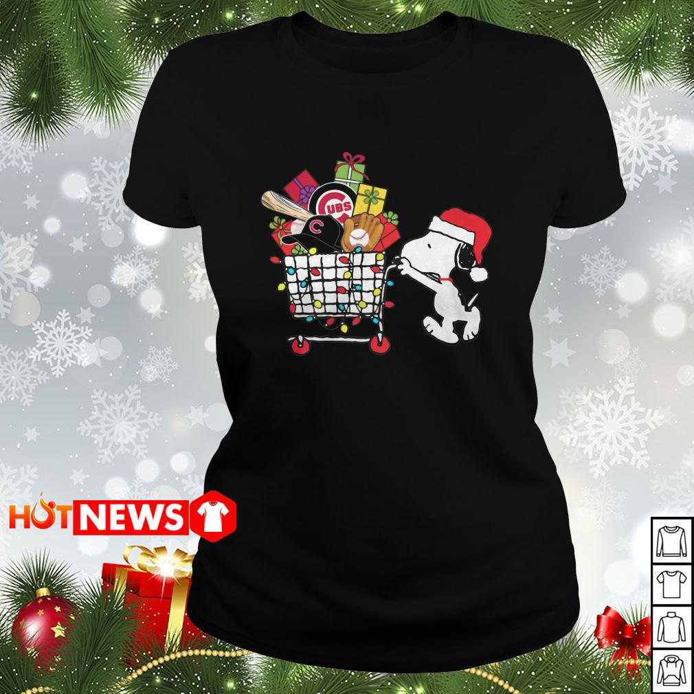 Chicago Cubs Snoopy Pushing cart full of Christmas gifts Ladies tee